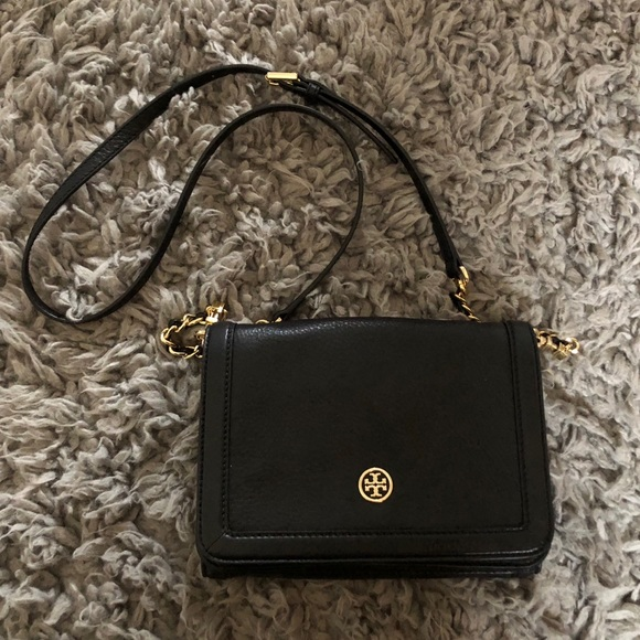Tory Burch Handbags - Tory Burch black pebbled leather crossbody